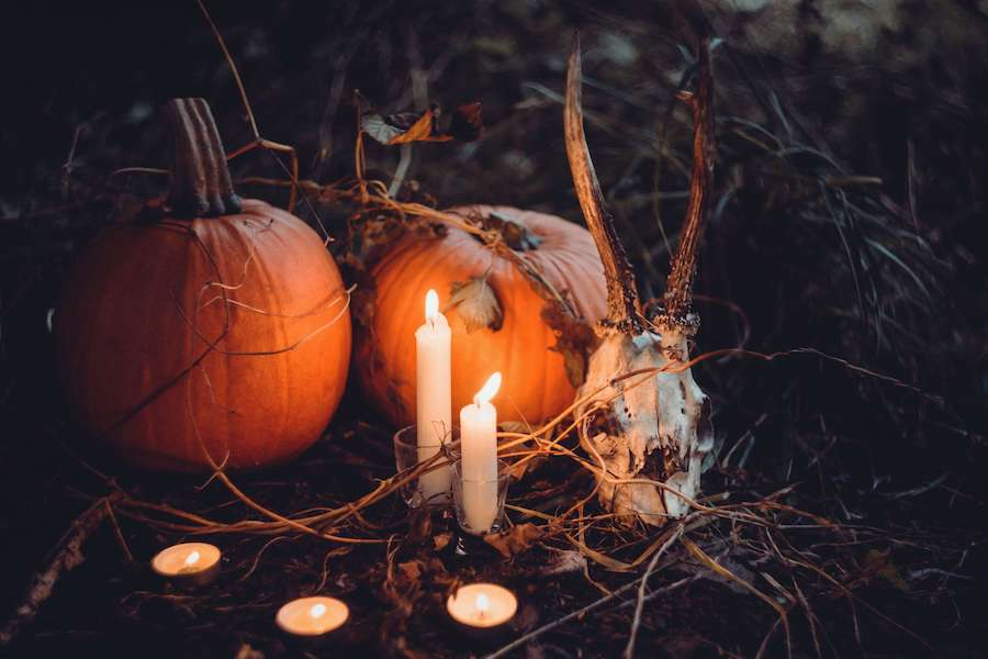 halloween home decor featured image